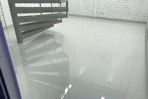 Näyttävät lattiapinnoitukset yrityksen toimitiloihin | Team Suikki - Turku